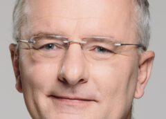 Oberbürgermeister Putz ordnet Stadtverwaltung zum 1. Oktober neu